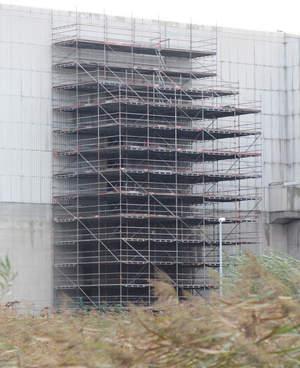 Schulz Gerüstbau Bild Fassadengerüst in Brunsbüttel