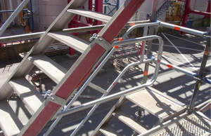 Schulz Gerüstbau Bild Treppenaufgang2